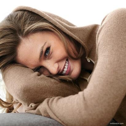 smiling ladya