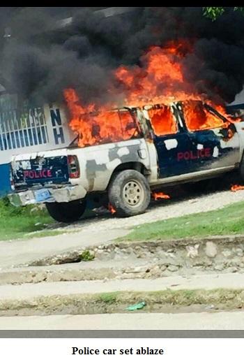 Haiti police car